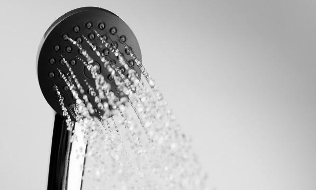 Químicos en el agua potable se asocian con un 5 % de los casos de cáncer de vejiga en Europa